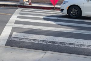 Walking While Texting Injuries Are on the Rise in Texas